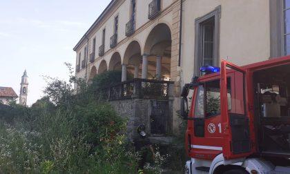 Incendio al Castello d'Inverigo FOTO
