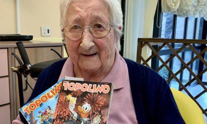Leonilde a 105 anni, ogni giorno, legge tutto il suo Topolino