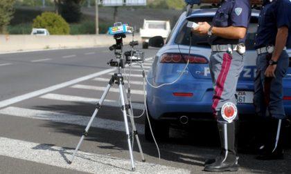 Controlli della velocità nel Comasco: pioggia di sanzioni, fermati due automobilisti che viaggiavano a oltre 200 km/h