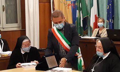 Il Consiglio comunale premia la storica suora di Mariano