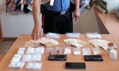 Arresto a Costa Masnaga: beccato con la droga e oltre 13mila euro in contanti