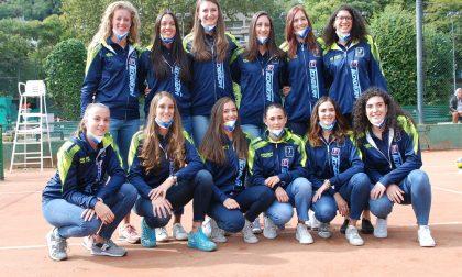 Albese Volley la Tecnoteam in posa per il calendario 2021 e per beneficenza