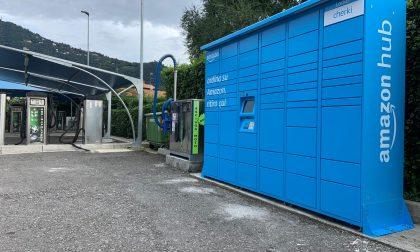 C'è un nuovo Amazon Locker a Como: a Tavernola si tinge d'azzurro