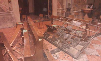 Maltempo a Molteno crollano le vetrate della chiesa