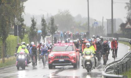 Giro d'Italia 2020: maltempo e proteste, la 19esima tappa riparte da Abbiategrasso