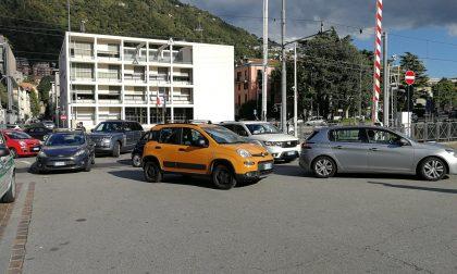 Lungolago chiuso a Como: è caos traffico FOTO