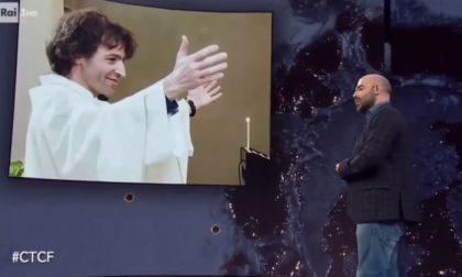 """Saviano racconta don Roberto Malgesini a Che Tempo Che Fa: """"Azioni come la sua riparano il nostro dannato mondo"""" VIDEO"""