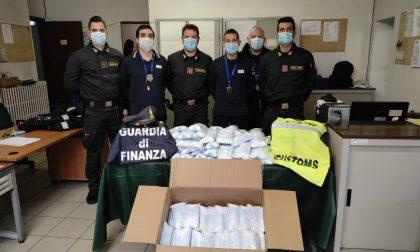 Sequestrate un milione e mezzo di mascherine alla dogana: mancava la certificazione di provenienza