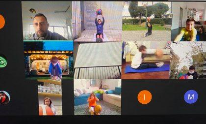 """Pol Comense anche i baby nerostellati partecipano a """"Giocare a minibasket il racconto dei bambini"""""""