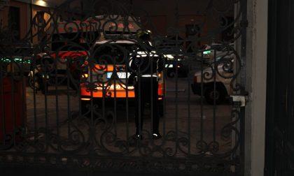Colpo di pistola nella sede della Municipale di Lecco: morto un agente