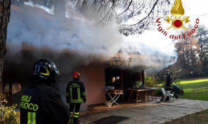 Incendio a Inverigo fiamme in un'abitazione
