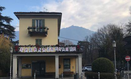 """Cernobbio lancia """"Message in a balcony"""". Monti: """"Lasciatevi coinvolgere e decorate i vostri balconi"""""""