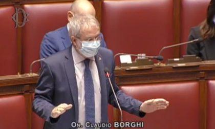 """Claudio Borghi: """"Se sono vaccinato? Come chiedere agli omosessuali se sono sieropositivi"""""""