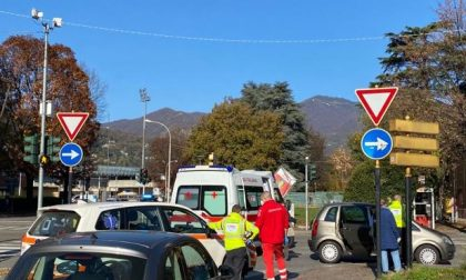 Donna 81enne investita in viale Fratelli Rosselli a Como da un automobilista di 92 anni