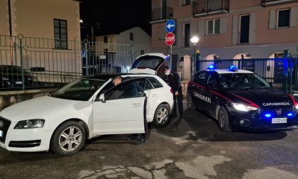 Macchina sospetta a Solbiate: i Carabinieri la fermano, c'erano arnesi da scasso