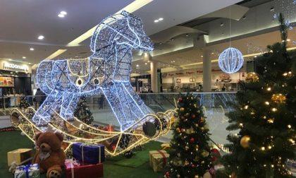 Natale ad Oriocenter, tra addobbi e nuove aperture