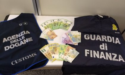 Valuta non dichiarata nel bagaglio: sanzione per un italiano e due tedeschi