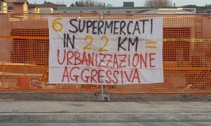 Fridays For Future contro la concentrazione di supermercati tra Camerlata e Rebbio