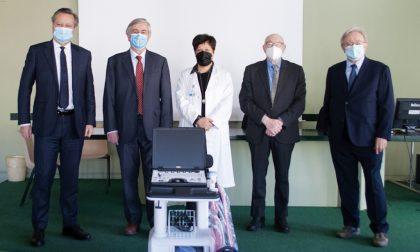 Dalla Bcc donato un ecografo portatile alla Radiologia del Sant'Antonio Abate per i pazienti Covid