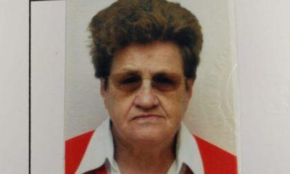 Trovata morta sotto una siepe l'anziana scomparsa in Valchiavenna