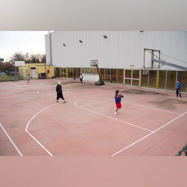 basket lariano Virtus Cermenate ripresa all'aperto