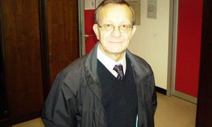 L'ultimo saluto al prof. Cesana: l'abbraccio più grande è delle sue studentesse