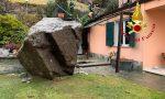 Un masso si stacca dalla montagna e finisce contro una casa: terrore a San Siro