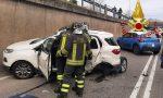 Incidente a Como: i Vigili del fuoco al lavoro per estrarre due persone dalle auto