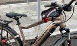 In due sulla bici elettrica rubata: denunciato il conducente