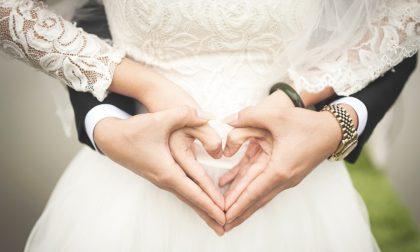Niente lista di nozze, i due giovani sposi scelgono di donare tutto all'ospedale
