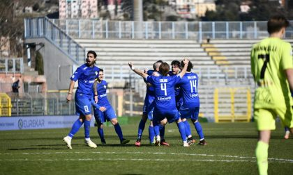Como calcio i lariani tengono la vetta con tre punti di vantaggio sull'Alessandria