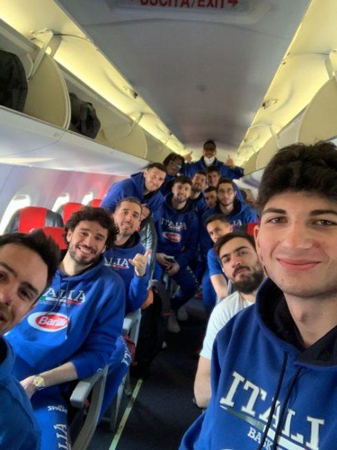 pallacanestro cantù gabriele Procida con gli azzurri