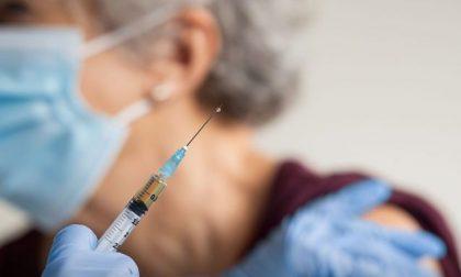 """Arrivano dosi di Moderna. Ats Insubria: """"Distribuite per i vaccini a domicilio"""""""