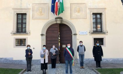 Un minuto di silenzio per le vittime del coronavirus