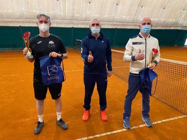 Tennis lariano finalisti del TC Mariano