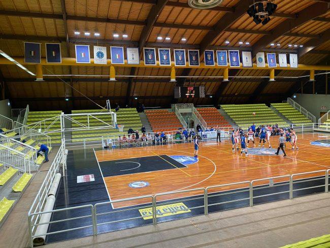basket C Silver Gorla al pala