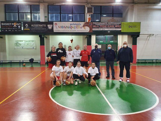 Basket femminile Nonna Papera Mariano