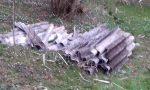 Amianto abbandonato nei campi ad Alzate