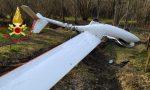Cade un aliante tra i boschi a Verzago: frattura e ferite per il pilota 64enne