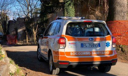Cade dalla bici sulla strada che scende dall'Alpe del Vicerè: ferito 69enne