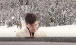 Ice Waves, la nuova, mozzafiato, performance di Alessandro Martire