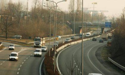 Nella notte tra sabato e domenica la demolizione del cavalcavia sulla Milano Meda: previste chiusure al traffico