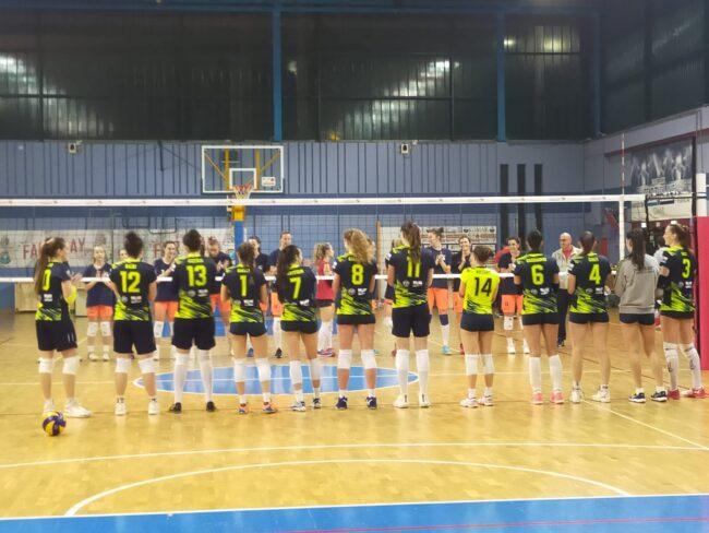 Aklbese Volley nuova amichevole a Lecco
