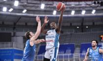 Pallacanestro Cantù vince contro Brescia