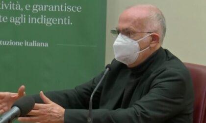 """AstraZeneca uso preferenziale per gli over 60. Ats Insubria: """"Verrà fatta una valutazione dal medico vaccinatore"""""""