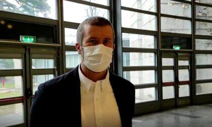 """Partite le vaccinazioni a Villa Erba, il sindaco Monti: """"Utilizzate i mezzi pubblici, sul percorso oltre 40 volontari per aiutare gli utenti"""""""