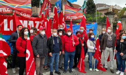 """Festa dei Lavoratori, presidio alla Henkel: """"E' inaccettabile che un'azienda non in crisi decida di chiudere lo stabilimento"""""""