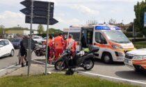 Incidente a Luisago impatto tra moto, soccorso un giovane