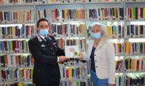 """Donato il volume """"La Grande Guerra dei Carabinieri"""" alla biblioteca di Como"""