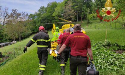 Si ferisce mentre fa giardinaggio, mobilitati elisoccorso e Vigili del fuoco